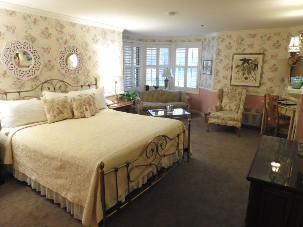 room apple farm inn