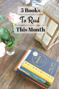 An honest review of the books I read this month + book recommendations for you!