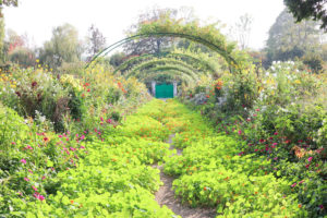 Guide to Giverny and Monet's Musuem