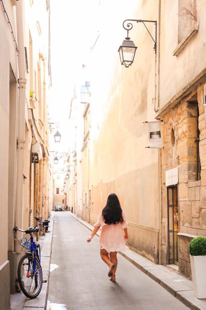 How To Effortlessly Look Good While Traveling