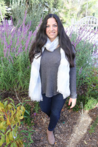 How to Style a Scarf in Multiple Ways