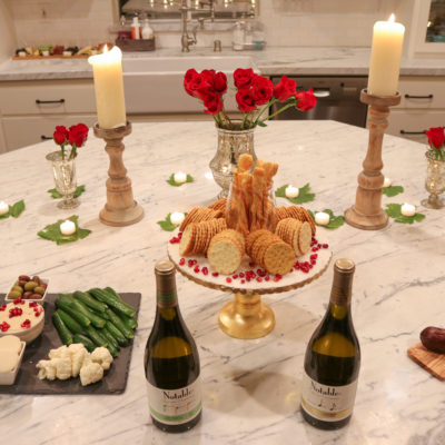 How to Host a Wine Tasting Party for Couples