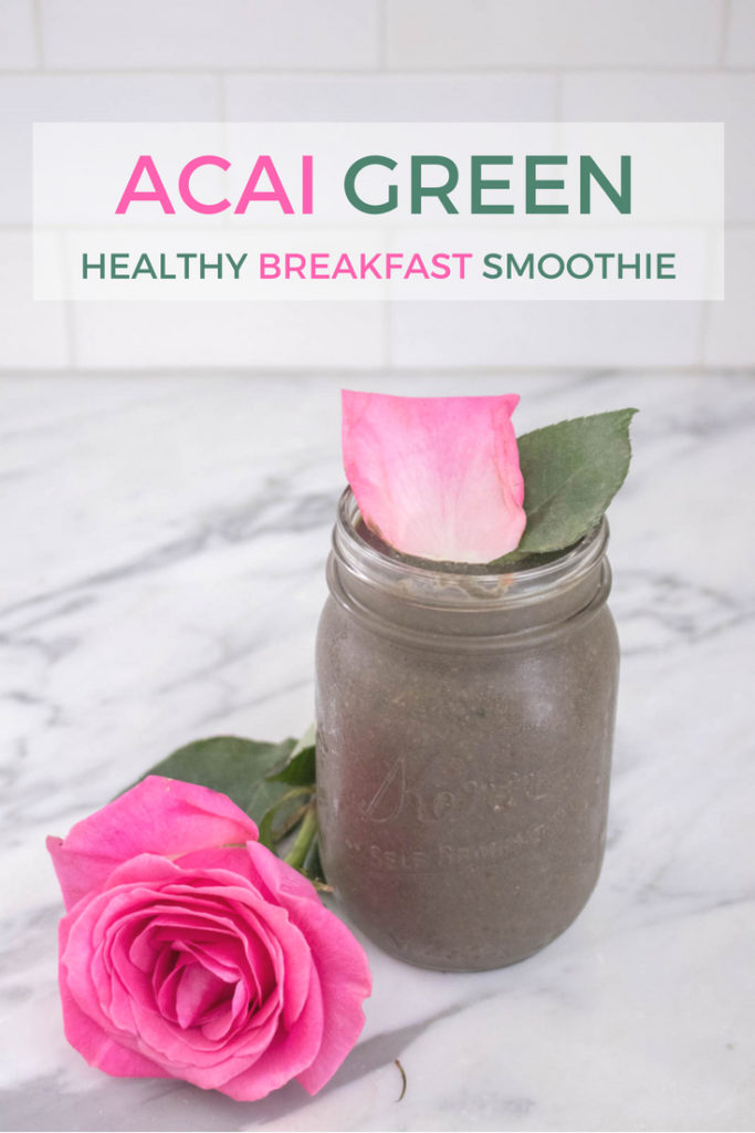Acai Berry Green Smoothie, very healthy, easy, filling, and satisfying breakfast, perfect for on the go. Includes protein, fiber, fat, superfoods and greens according to the #fab4 method that will keep you full and help keep your blood sugar balanced. So healthy!