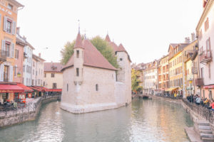 Guide to Annecy, France and the best things to do including Palais de l'Isle