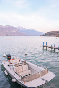 Guide to the charming fairy tale town of Annecy, France: the best things to do including kissing at Lover's Bridge