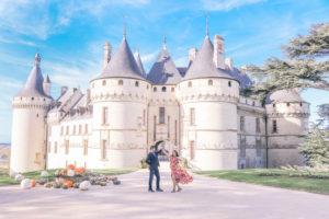 How we take travel photos as a couple