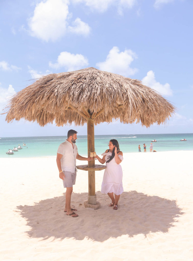 Romantic beaches in Aruba for a romantic getaway or Aruba honeymoon