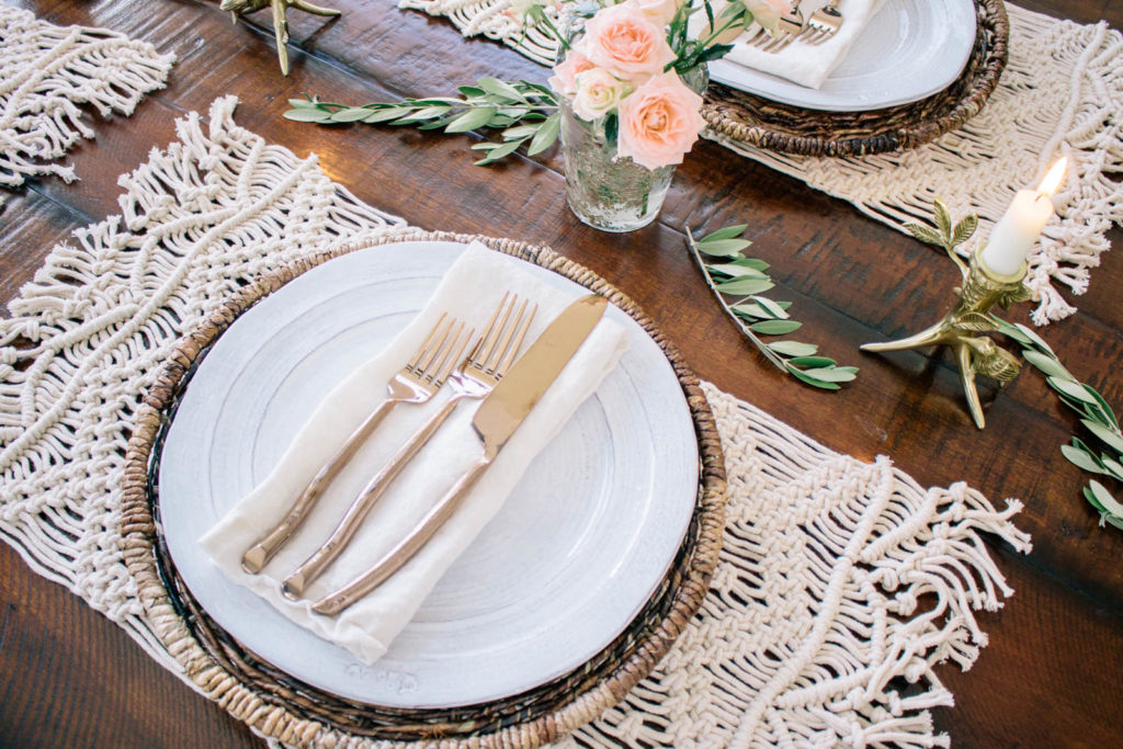 How to host a French inspired dinner party, create a simple rustic tablescape