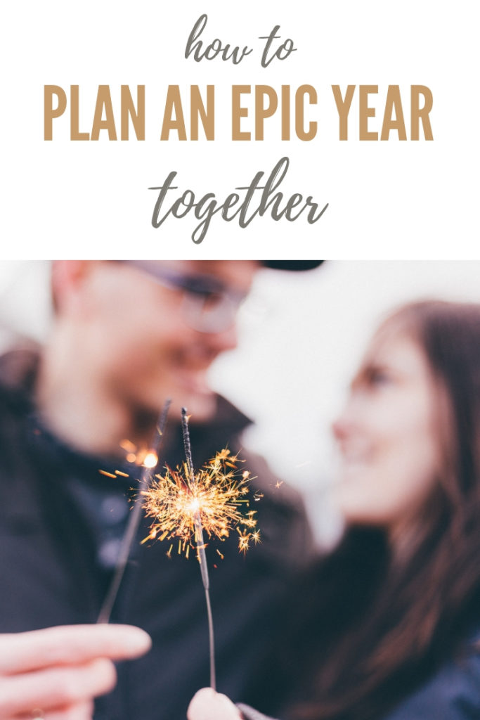 New year planning and goal setting for couples with a free printable to make this year the best and your relationship stronger