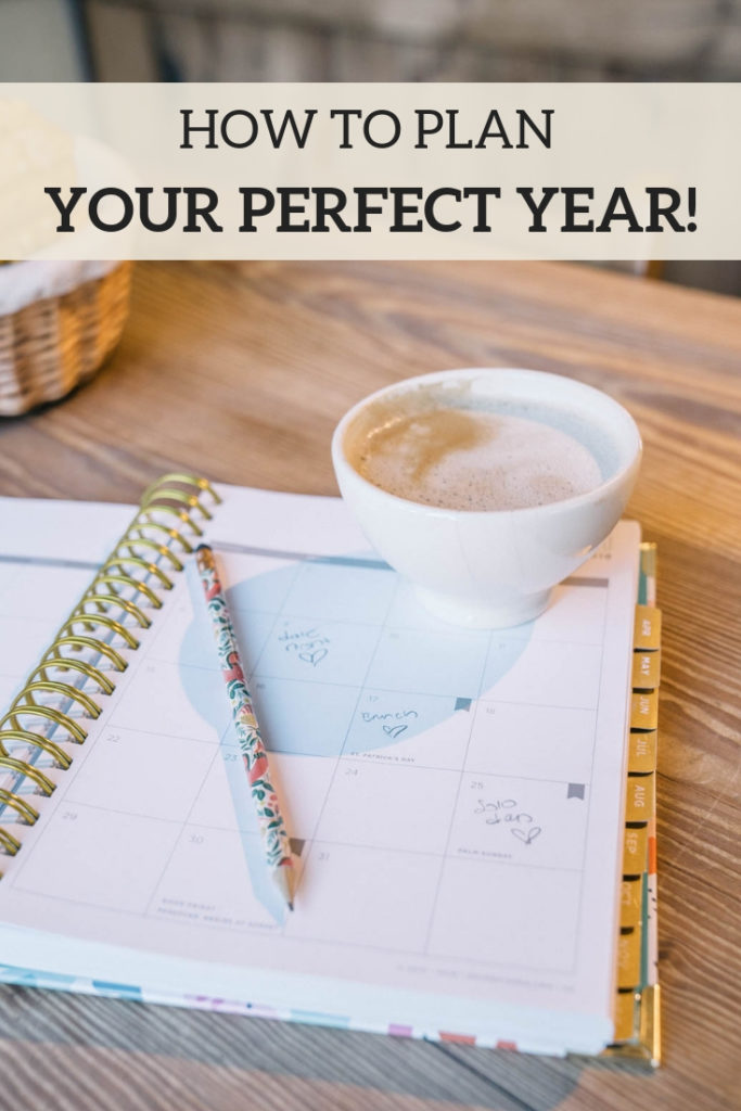 new year planning: 6 steps to planning your most epic year yet with goal setting and utilizing your planner. This planning agenda is perfect for couples to do together and create their ideal year. Includes a free printable planning guide!